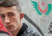 """Algérie : Mohamed Tadjadit, le """"poète du Hirak"""" condamné à de la prison"""