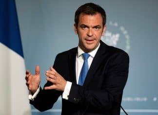 Covid-19 : Olivier Véran veut tester un million d'enfants et d'enseignants par mois