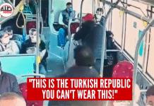 C'est la République turque, vous ne pouvez pas porter ça ici! un homme agresse une femme voilée dans un bus - VIDEO