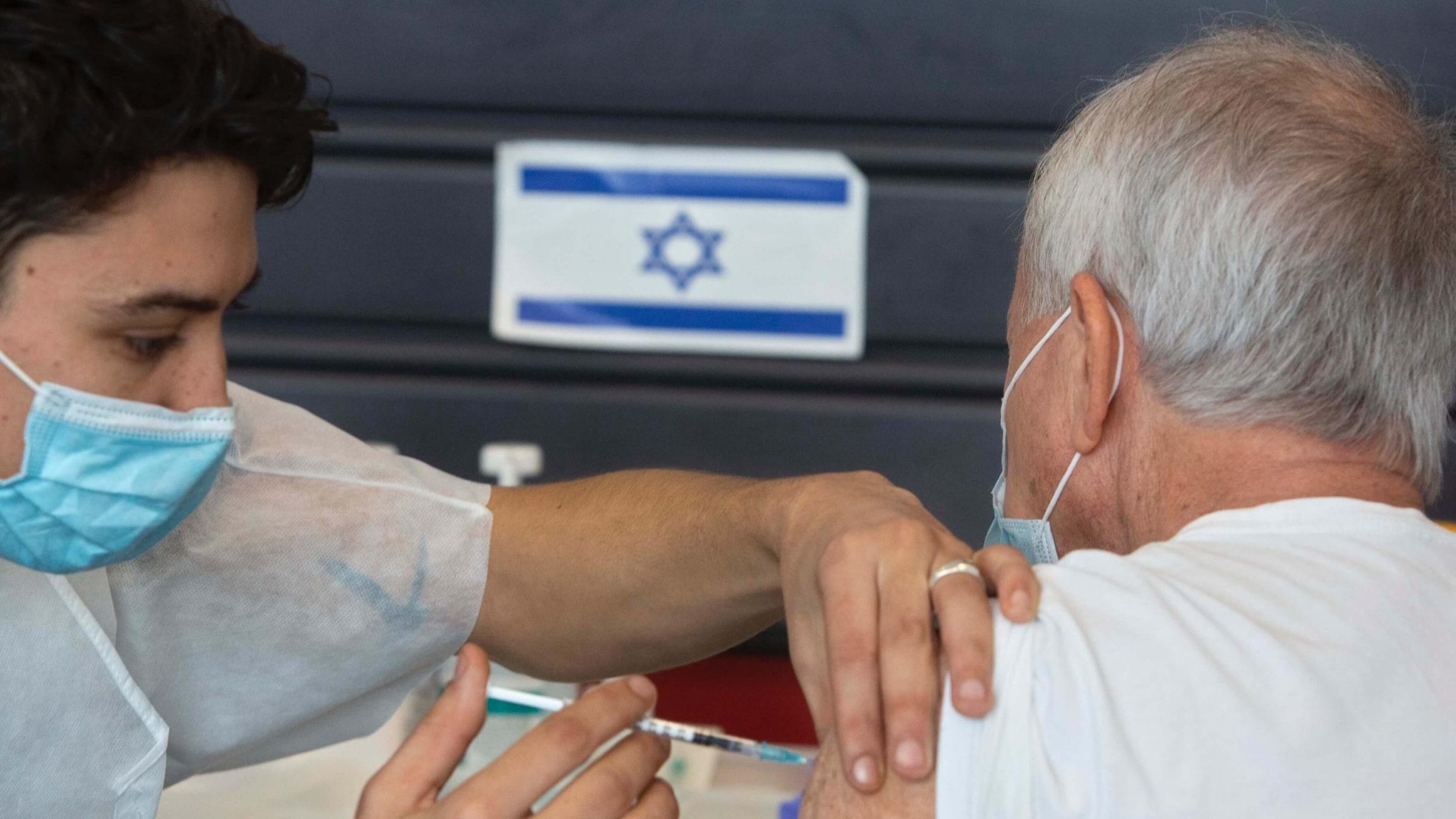 Israël livre 2.000 vaccins à la Palestine — Coronavirus