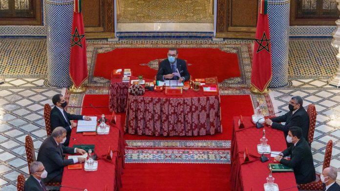 Le roi du Maroc demande des comptes à ses ministres sur le drame survenu à Tanger