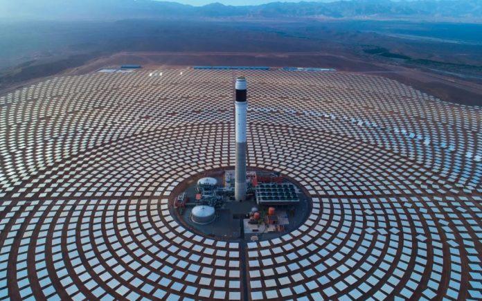 Maroc - la centrale solaire de Ouarzazate Noor fournit de l'électricité à 2 millions de personnes