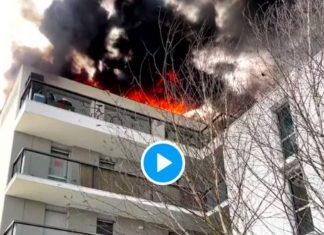 Bordeaux le toit d'un immeuble prend feu et dégage une impressionnante fumée noire -VIDEO