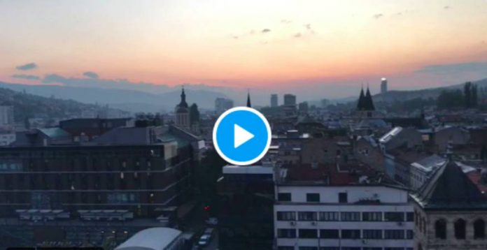 Bosnie un magnifique appel à la prière résonne dans la ville de Sarajevo - VIDEO