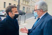 Emmanuel Macron rend une visite surprise à la Grande Mosquée de Paris