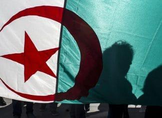 L'Algérie prévoit une loi sur la déchéance de nationalité pour les Algériens de l'étranger