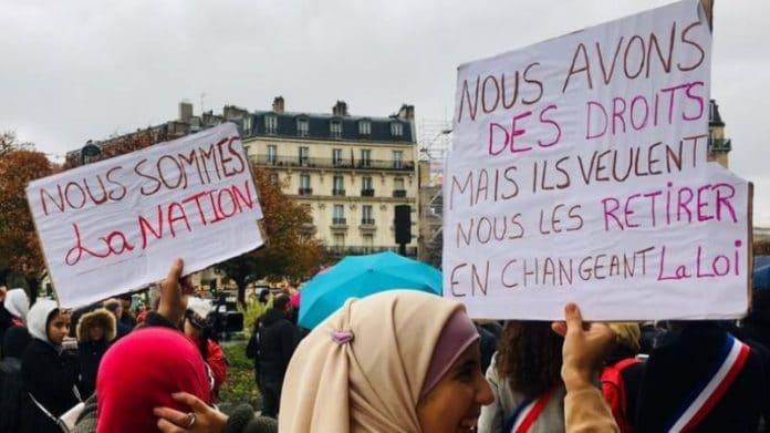 Paris - manifestation pour dénoncer les «lois islamophobes et la discrimination anti-musulmane»