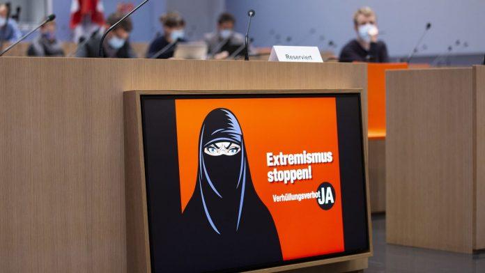 Suisse - l'ONU «regrette profondément» l'interdiction du voile intégral jugé discriminatoire envers les musulmans