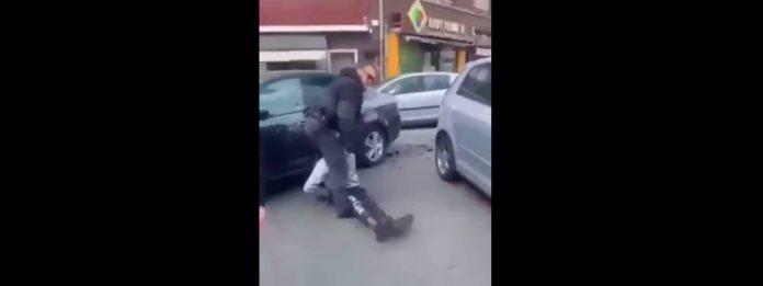 Amiens la police transporte le corps inconscient d'un jeune homme menotté sans appeler les secours - VIDEO
