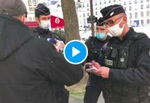 Des policiers empêchent un député d'accéder à l'Assemblée Nationale - VIDEO