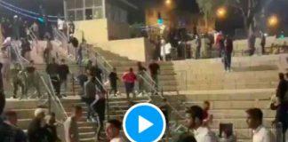 Ramadan les soldats israéliens tirent des grenades sUr les fidèles palestiniens à Jérusalem - VIDEO