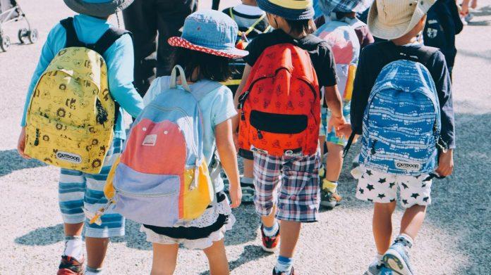 Séparatisme - le Sénat vote la suspension des allocations familiales en cas d'absentéisme scolaire
