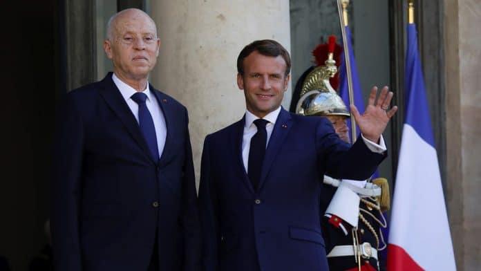 Elysée - Invité par Emmanuel Macron, le président Tunisien arbore le drapeau de la Palestine - VIDEO