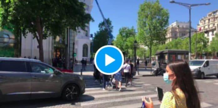 Paris un chauffard écrase délibérément un piéton sur les Champs-Elysées -VIDEO