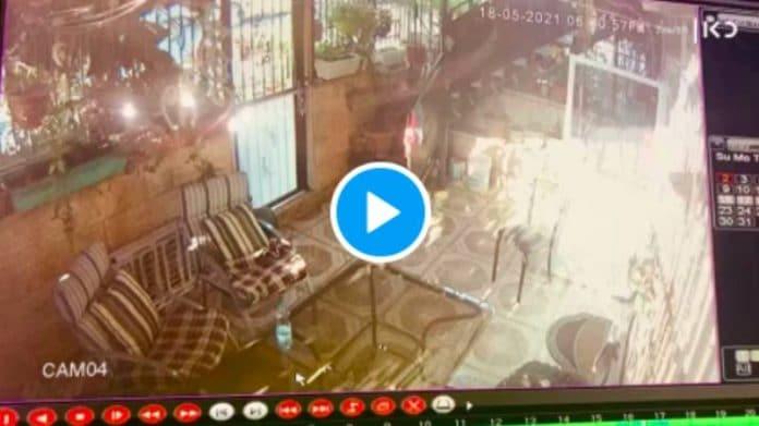 Sheikh Jarrah La police israélienne tire une balle dans le dos d'une fille palestinienne - VIDEO