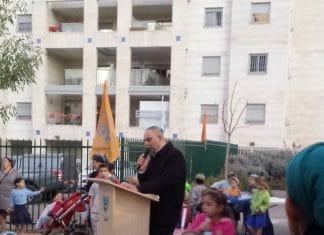 Un maire israélien et un groupe d'extrémistes juifs prennent d'assaut une école arabe à Lod