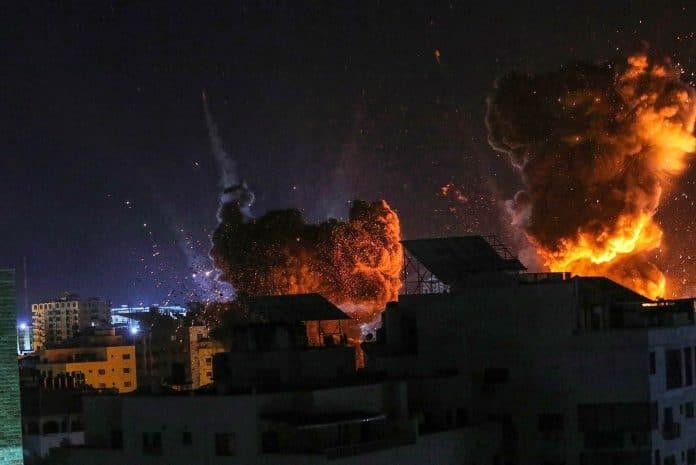Des raids aériens israéliens ciblent Gaza pour la troisième fois depuis le cessez-le-feu de mai