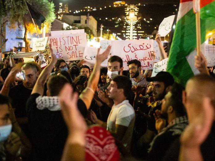 Les Palestiniens protestent contre la corruption et l'autoritarisme de leurs dirigeants