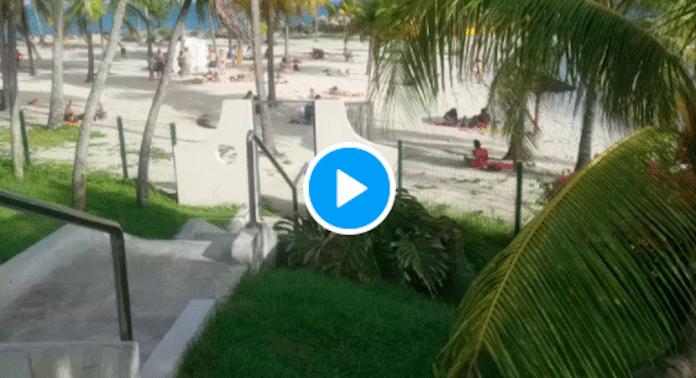 Martinique des soignants de Métropole venus prêter main forte font bronzette sur la plage - VIDEO