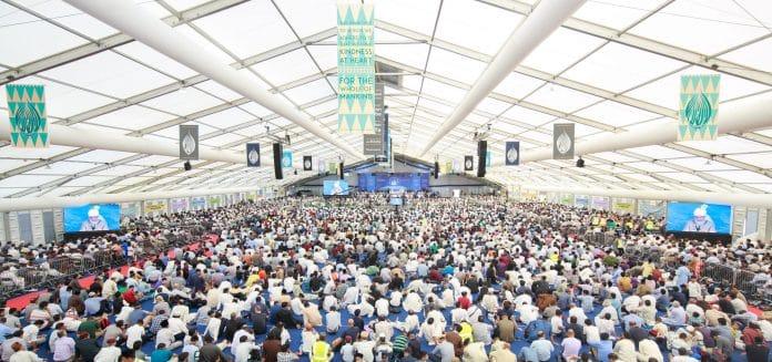Royaume-Uni - les musulmans se réunissent lors de la plus grande convention islamique du pays