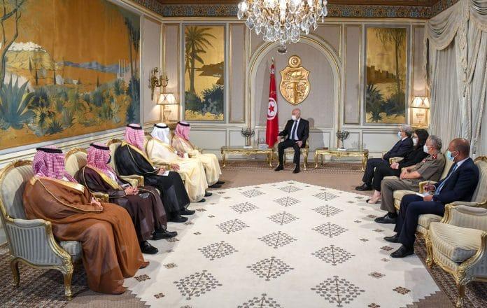 Tunisie - Après la prise de pouvoir forcée, Kais Saied reçoit une délégation saoudienne