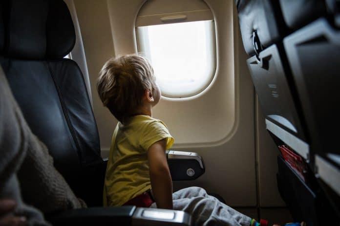 Un garçon expulsé d'un avion parce qu'il aurait lu un livre en arabe
