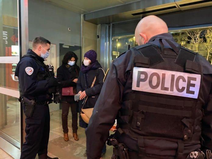 «Je ne veux pas être dans le groupe du bougnoule» - des policiers de Nancy s'attaquent à leurs collègues musulmans