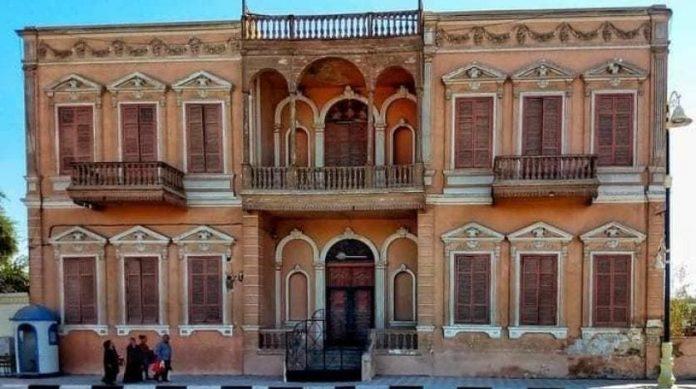 La destruction d'un palais vieux de 120 ans suscite la colère en Egypte