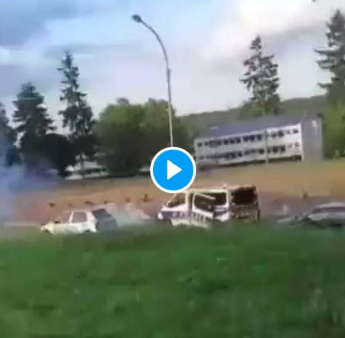 Les Tarterêts un fourgon de policiers attaqué aux mortiers prend la fuite - VIDEO