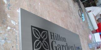 Ouïghours - le groupe Hilton prévoir de construire un hôtel dans une mosquée détruite par la Chine