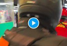 Paris la police mobile tabasse une femme sans passeport vaccinal dans le métro - VIDEO (1)