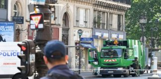 Paris - un enfant de 2 ans meurt renversé par un camion poubelle