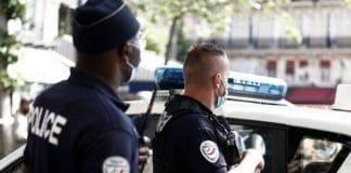Tourcoing - des policiers s'amusent avec leur «Taser» et provoquent un accident