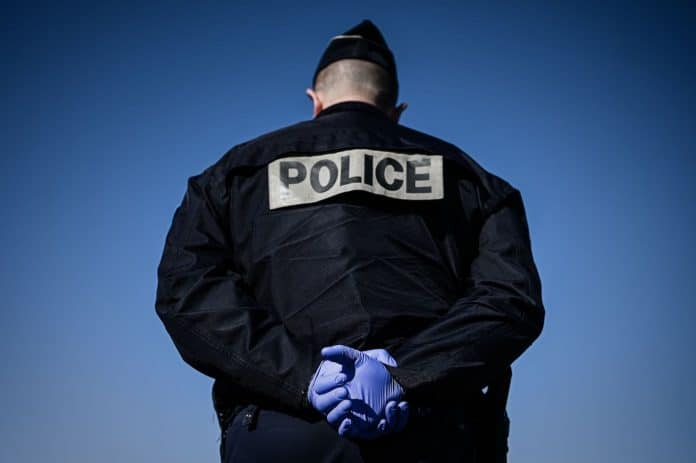 Un capitaine de police musulman suspecté de radicalisation finalement blanchi par l'IGPN